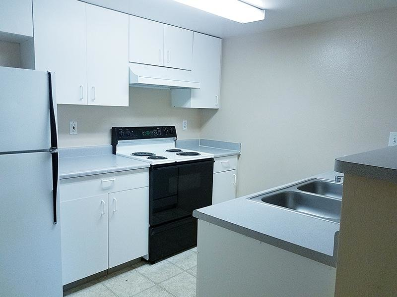 Kitchen | Whispering Pines Apartments