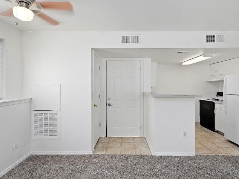 Entry | Cedar Square Apartments