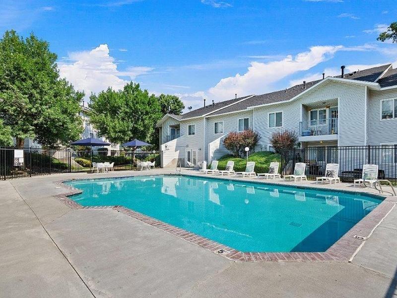 Swimming Pool | Cedar Square Apartments