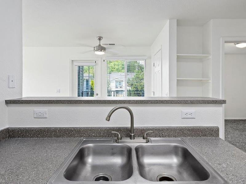 Kitchen | Cedar Square Apartments