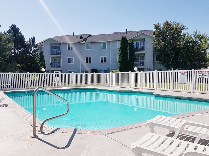 Pool | Whispering Pines Apartments