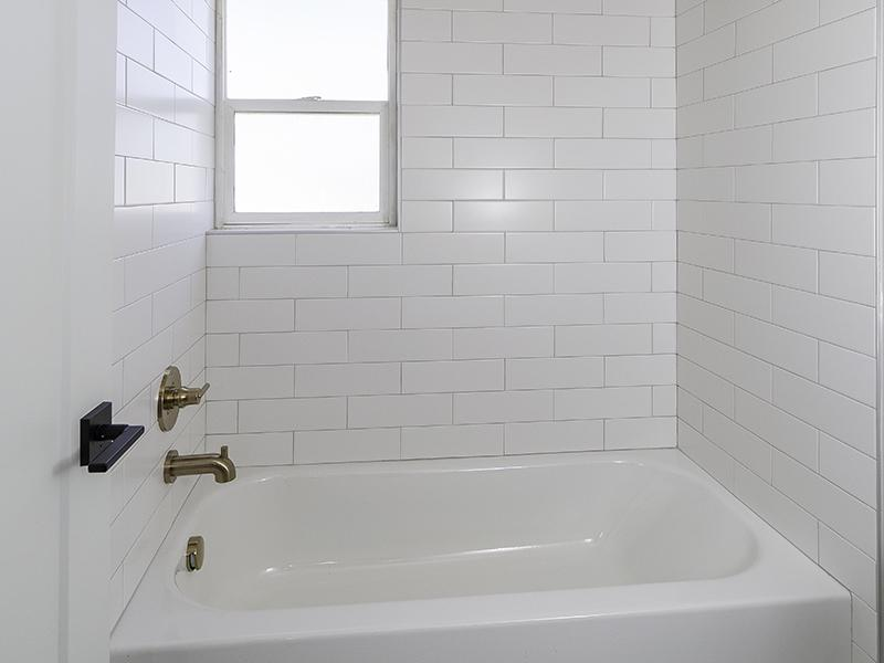 Bathroom | The Shenandoah