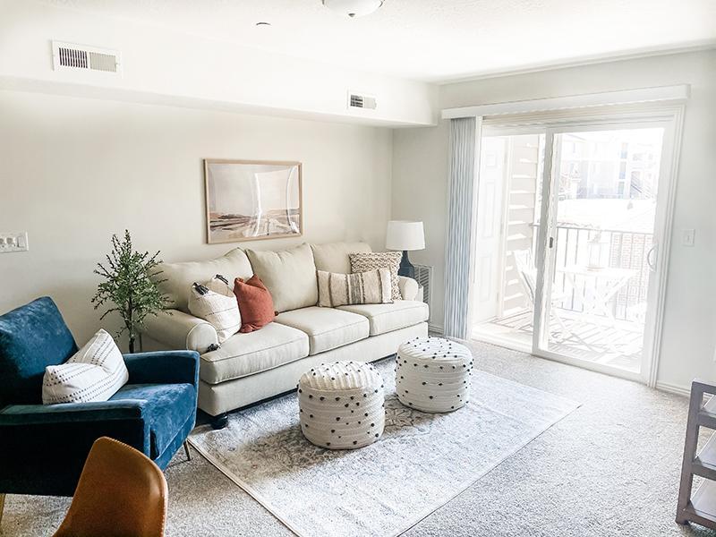 Living Room | Settlers Landing