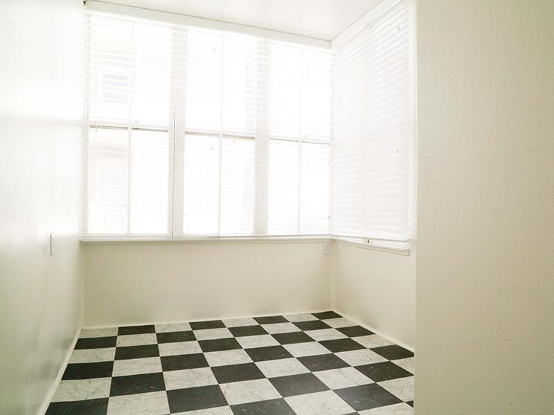 Room | Kensington
