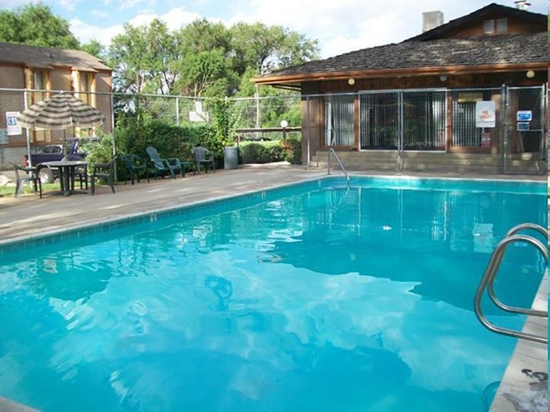 Swimming Pool | Villa South in Ogden, UT
