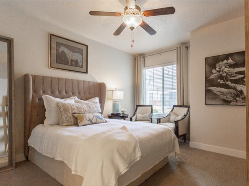 Room | Riverwalk Apartments