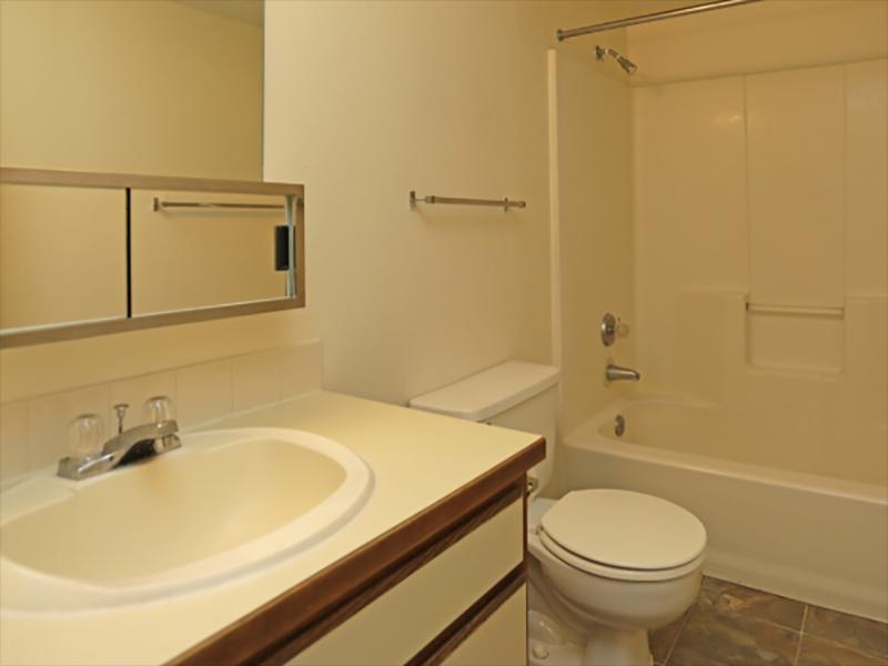 2x1 Bathroom | Liberty Heights