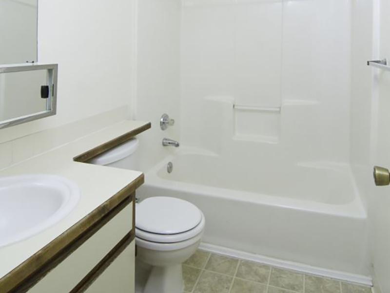Bathroom | Liberty Heights