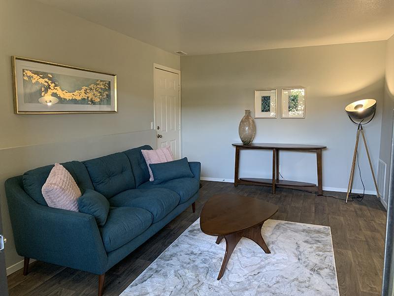 Living Room | Elmwood