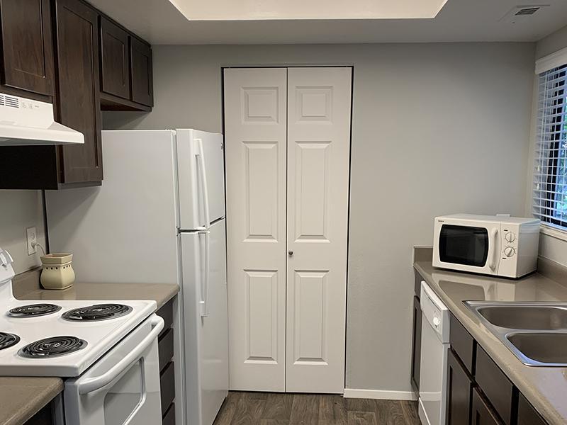 Kitchen | Elmwood