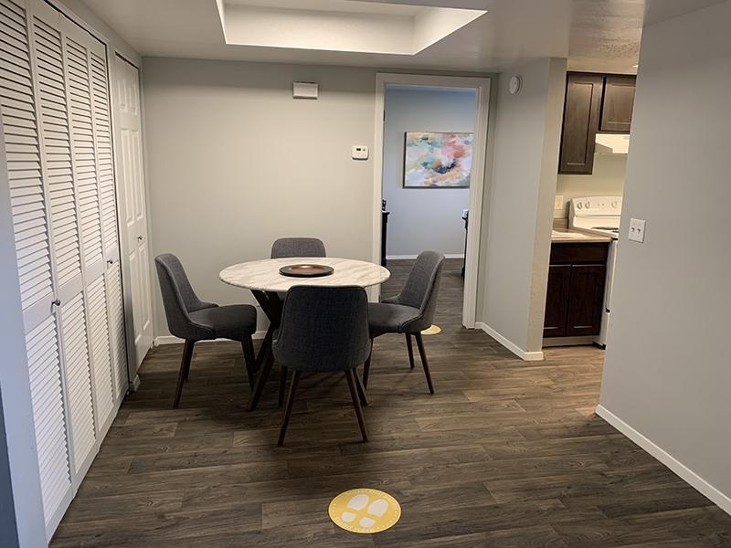 Dining Room | Elmwood