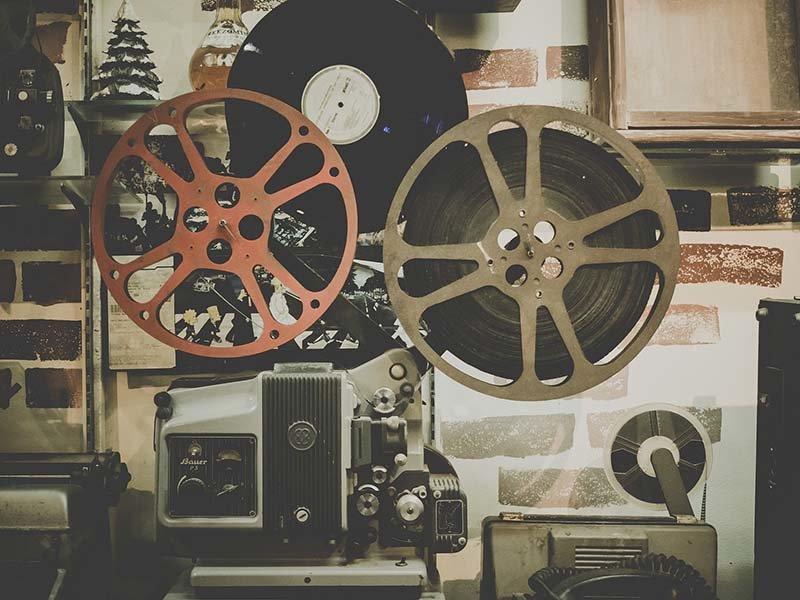 Cinemark Layton Movie Theater nearby Overlook at Sunset Point Apartment Community