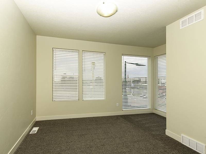 Room | North Metro Town Homes