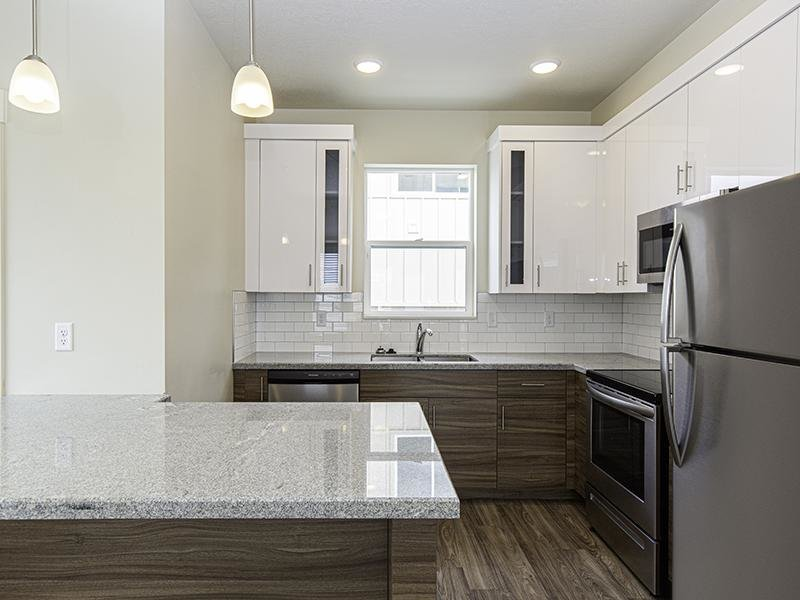 Kitchen | North Metro Town Homes