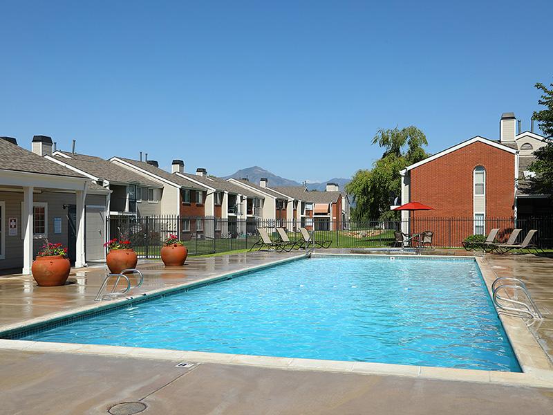 Swimming Pool   47Seventy Settler's Point