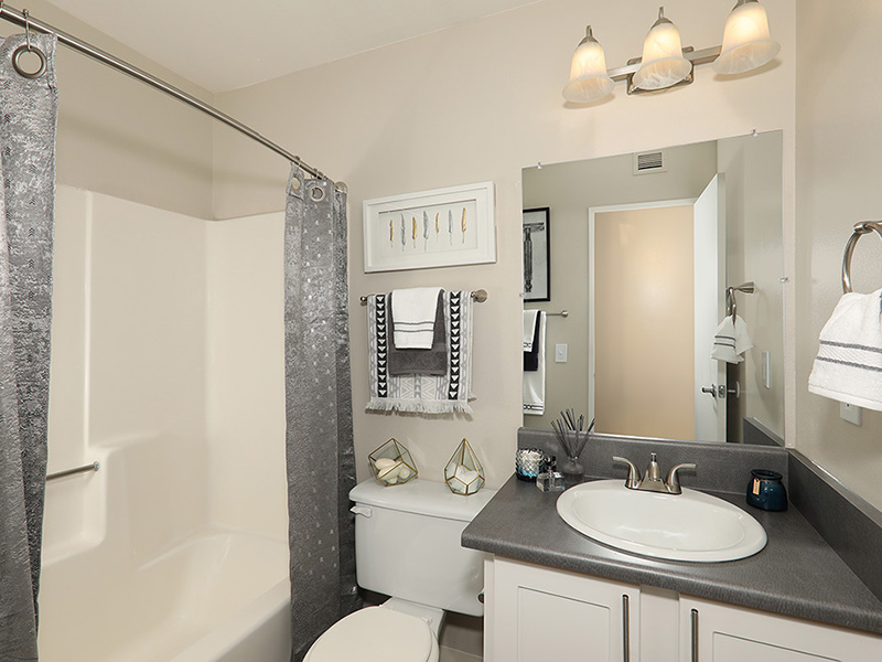 Bathroom | 47Seventy Settler's Point