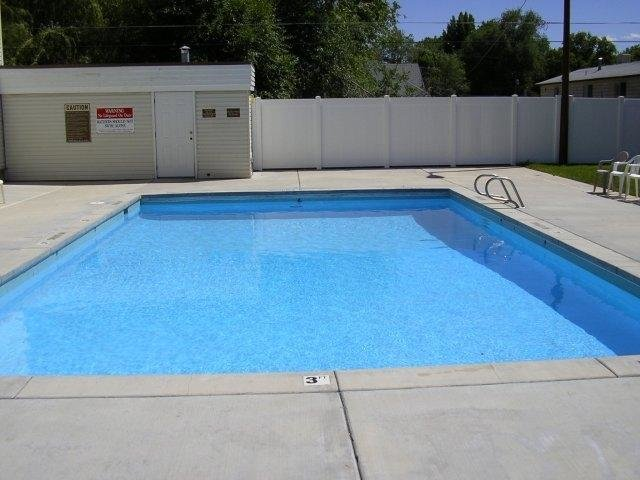 Pool - Townhomes with Pools in SLC