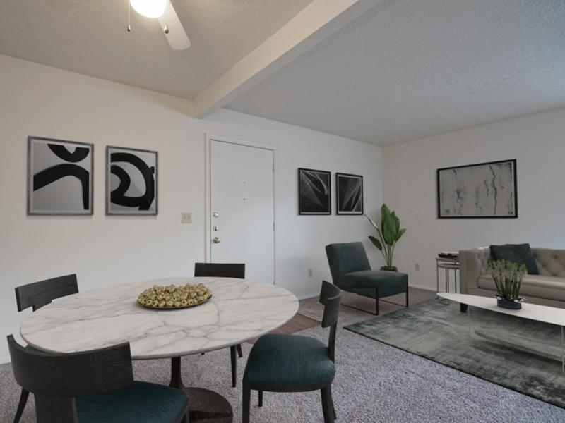 Dining Area | Clover Creek Apartments in Murray
