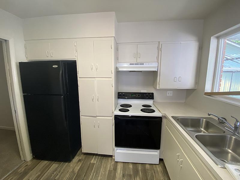 Kitchen | Home | Cascade Ridge Apartments in Orem, UT