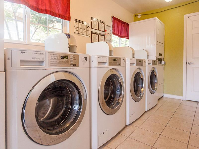 Laundry Facility - Sun Valley Apartments