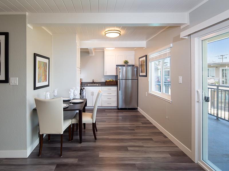 Dining Room | Kitchen | Aloha Apartments