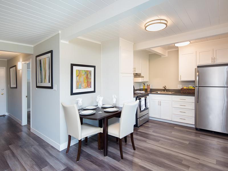 Dining Room | Aloha Apartments