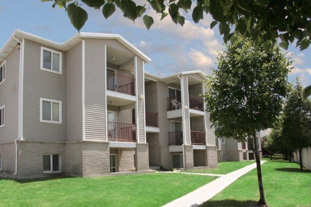 Apartments Near Brigham Young University | Village Park Apartments