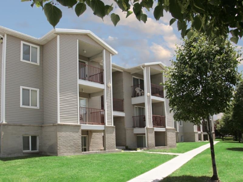 Apartments Near Brigham Young University | Village Park Apartments