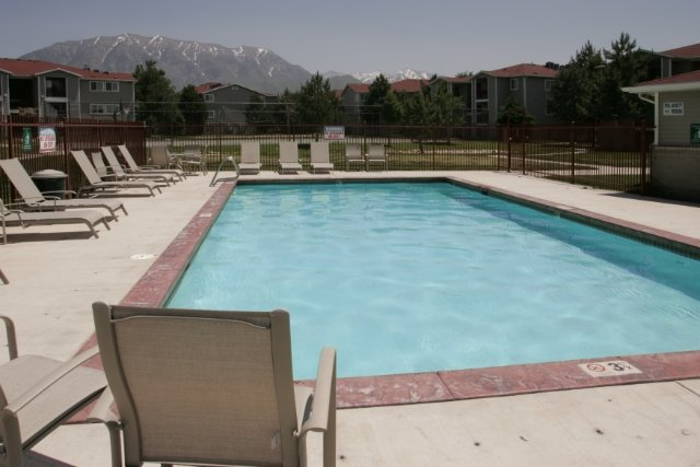 Apartments in Orem With a Pool | Village Park Apartments