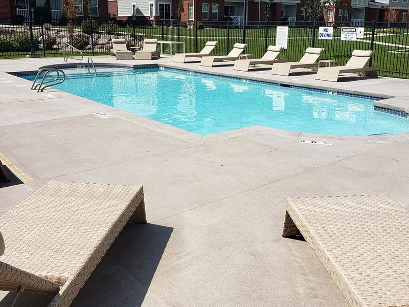 Swimming Pool | Meadows at Park Avenue