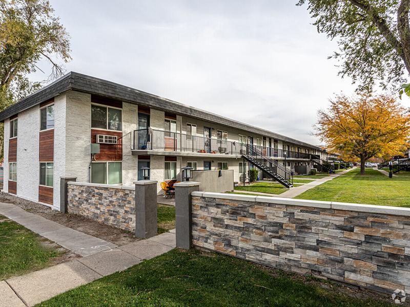 Property Entrance   Landing Point Apartments in Salt Lake City