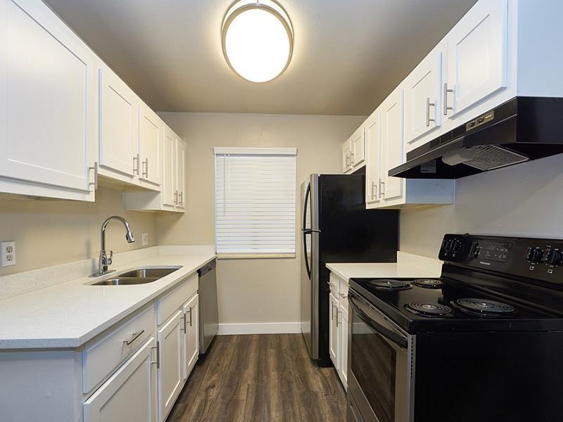Kitchen | Landing Point Apartments in Salt Lake City, UT