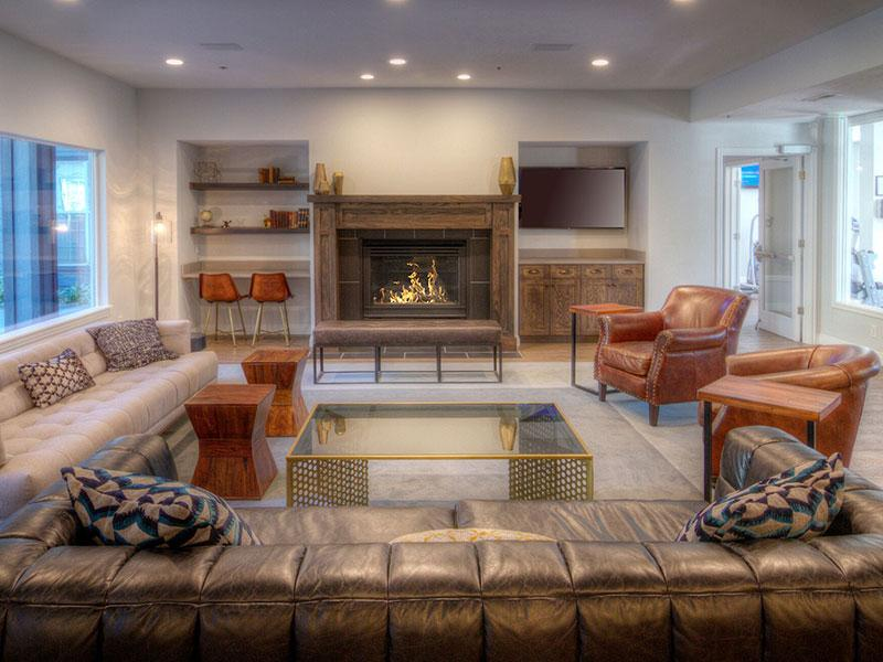 Resident Lounges | Braxton at Trolley Square Apartments
