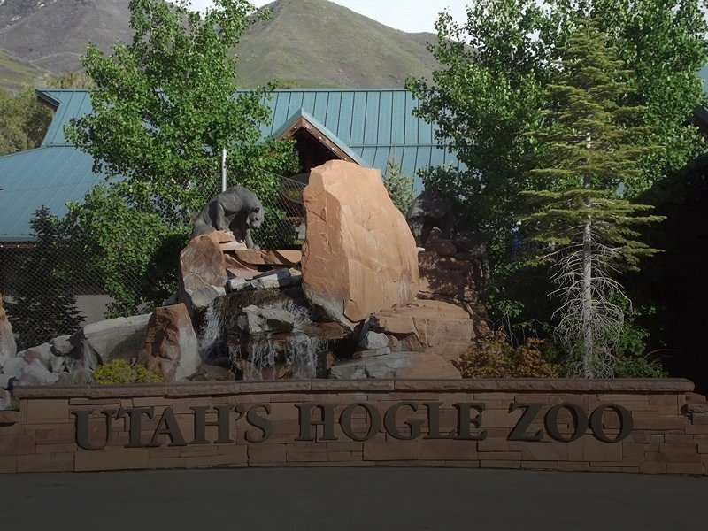 Utah Hogle Zoo nearby Tapestry Apartment Community