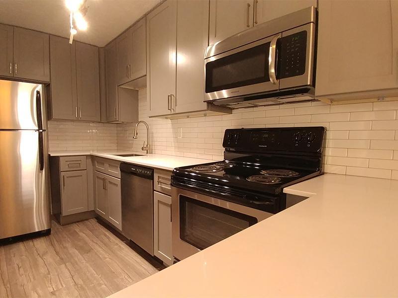 Updated Kitchen | Calaveras South Apartments