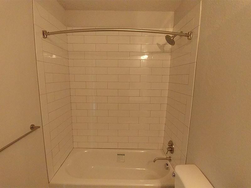 Bathroom Shower | Calaveras South Apartments