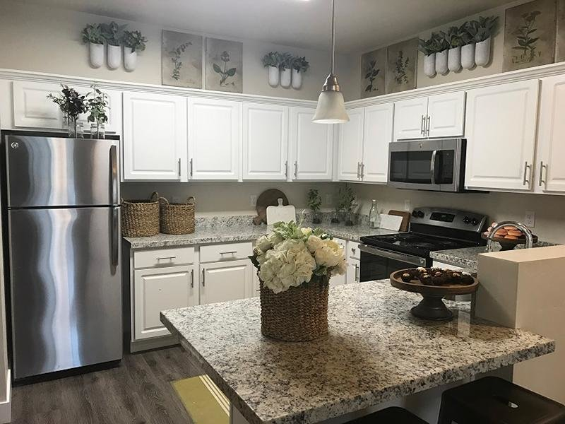 Kitchen | Meadows at American Fork Apts