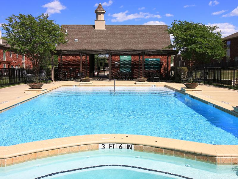 Swimming Pool  | Estates of Coppell