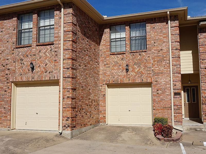Shiloh Park Townhomes in Plano, TX