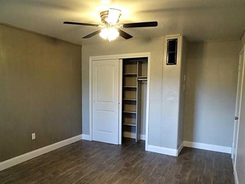 Bedroom | Brick Maze Apartments in Nacogdoches, TX