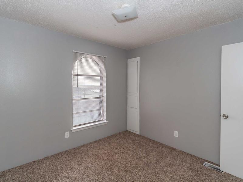 Room | Cedar Ridge Apartments in Amarillo, TX