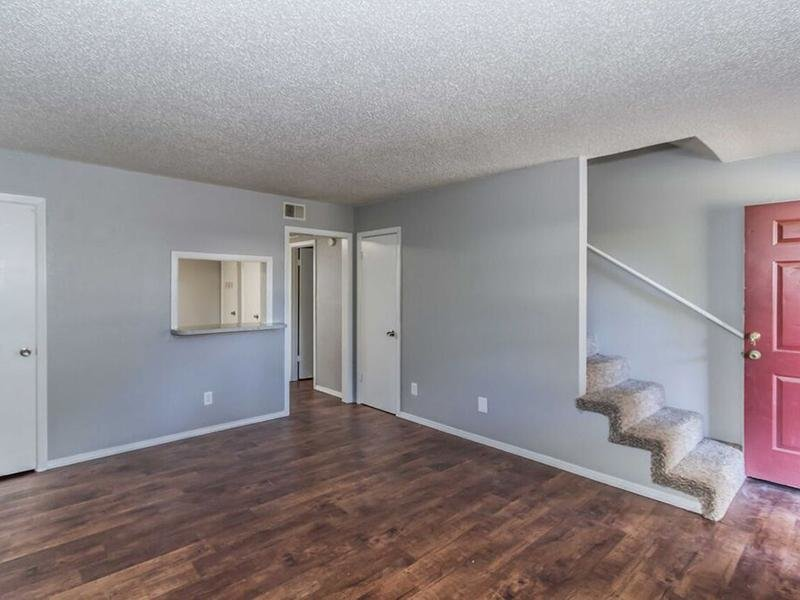 Front Room | Cedar Ridge Apartments in Amarillo, TX