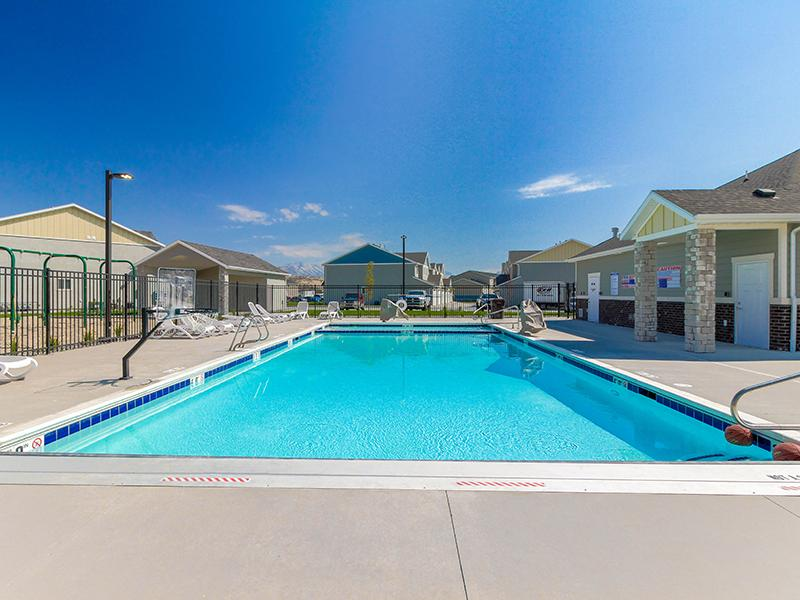 Swimming Pool | Smithfield Station Townhomes