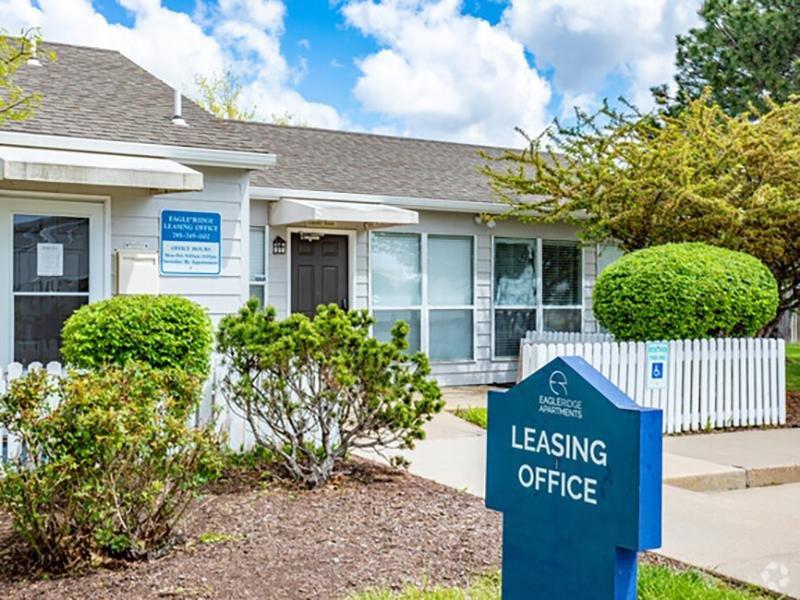 Leasing Office | Eagle Ridge Apartments