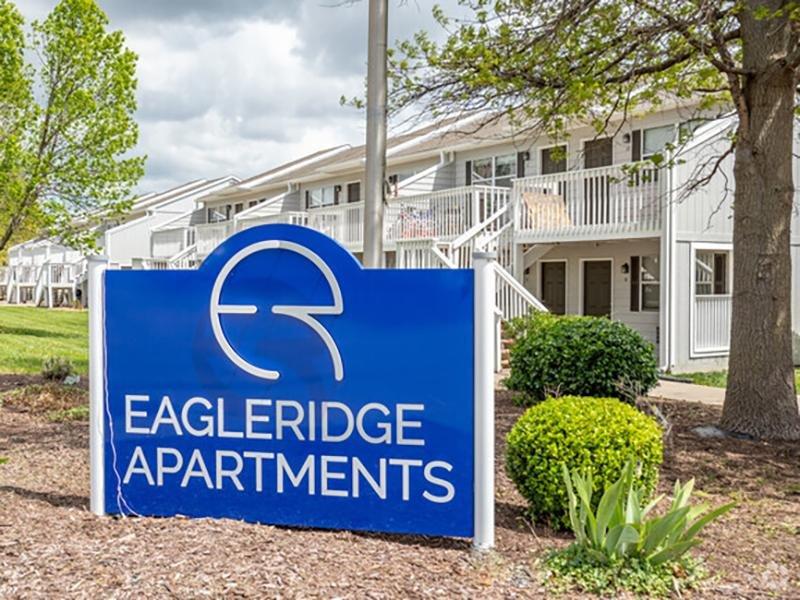 Welcome Sign   Eagle Ridge Apartments