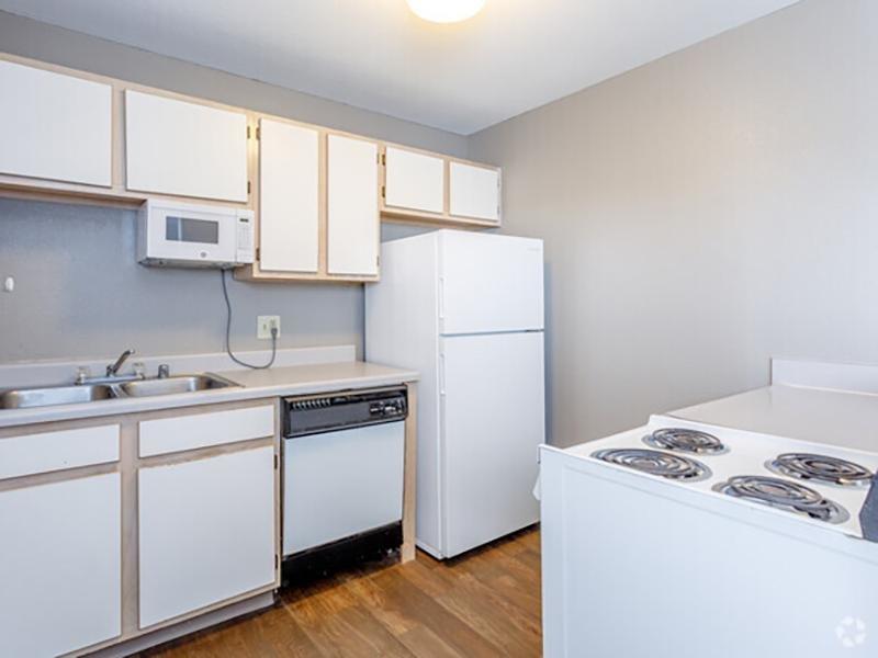 Kitchen | Eagle Ridge Apartments