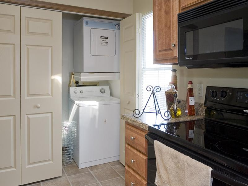 Washer and Dryer | Pinegate Apartments