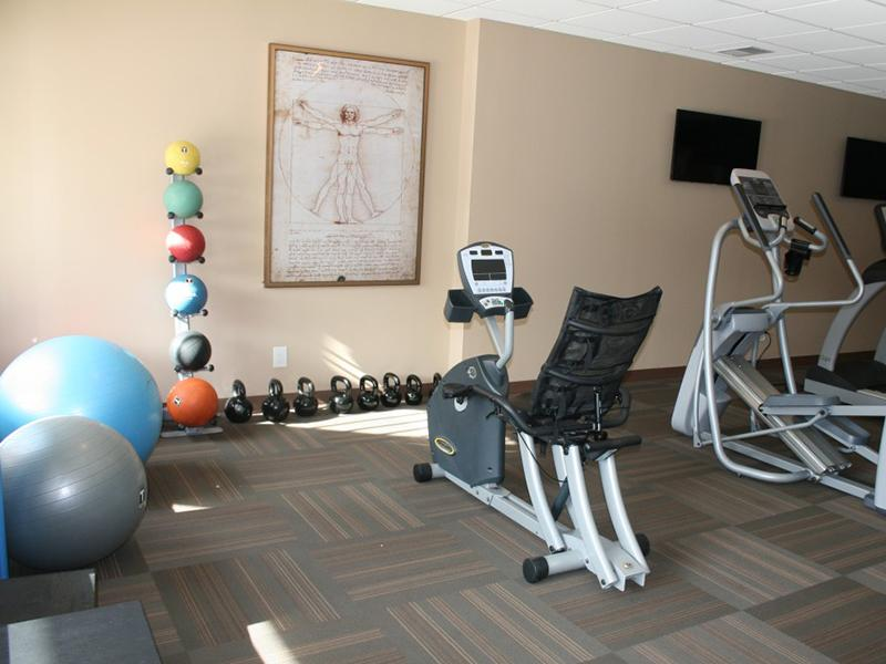 Fitness Center | Pinegate Apartments