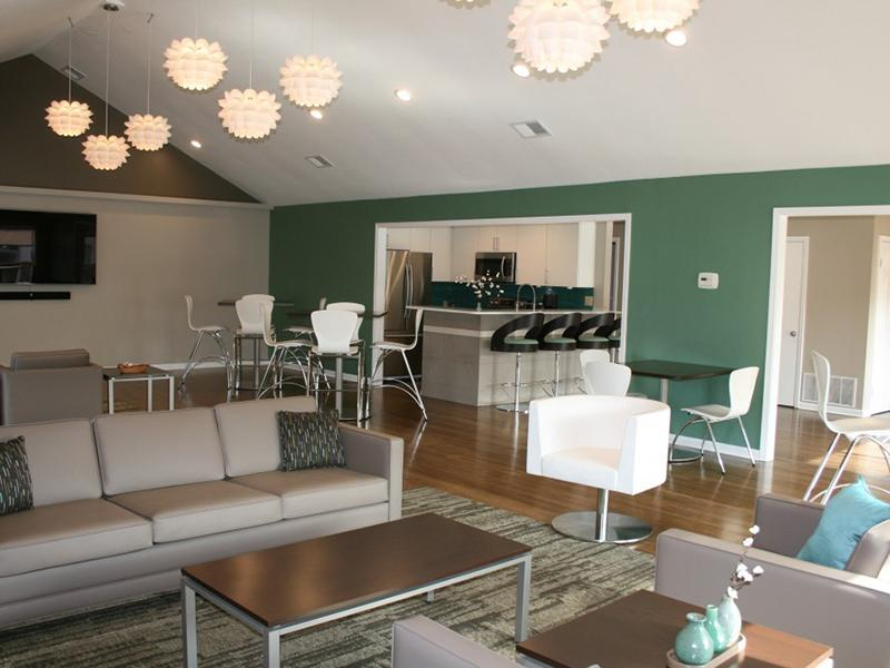 Dining Area   Upgraded   Pinegate Apartments