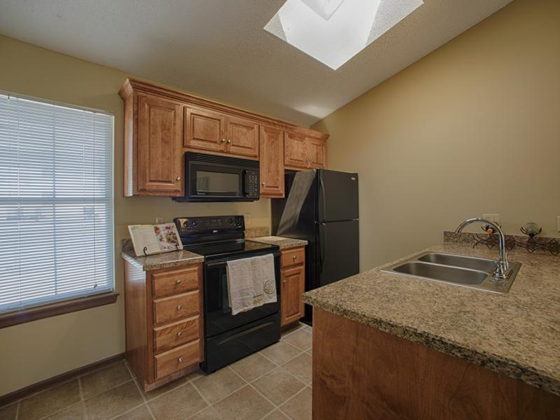 Kitchen   Pinegate Apartments